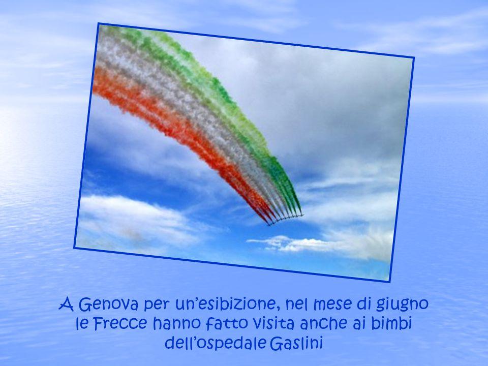 A Genova per un'esibizione, nel mese di giugno le Frecce hanno fatto visita anche ai bimbi dell'ospedale Gaslini