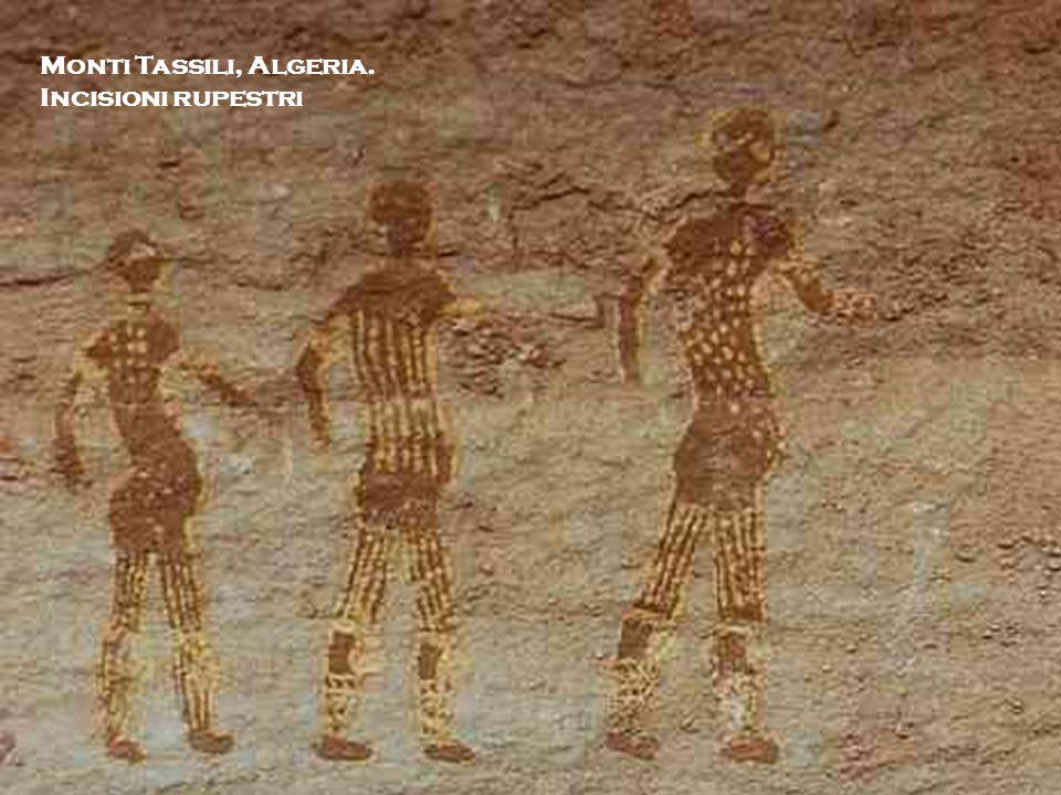 I. Monti Tassili, Algeria. Incisioni rupestri Michela Zucca