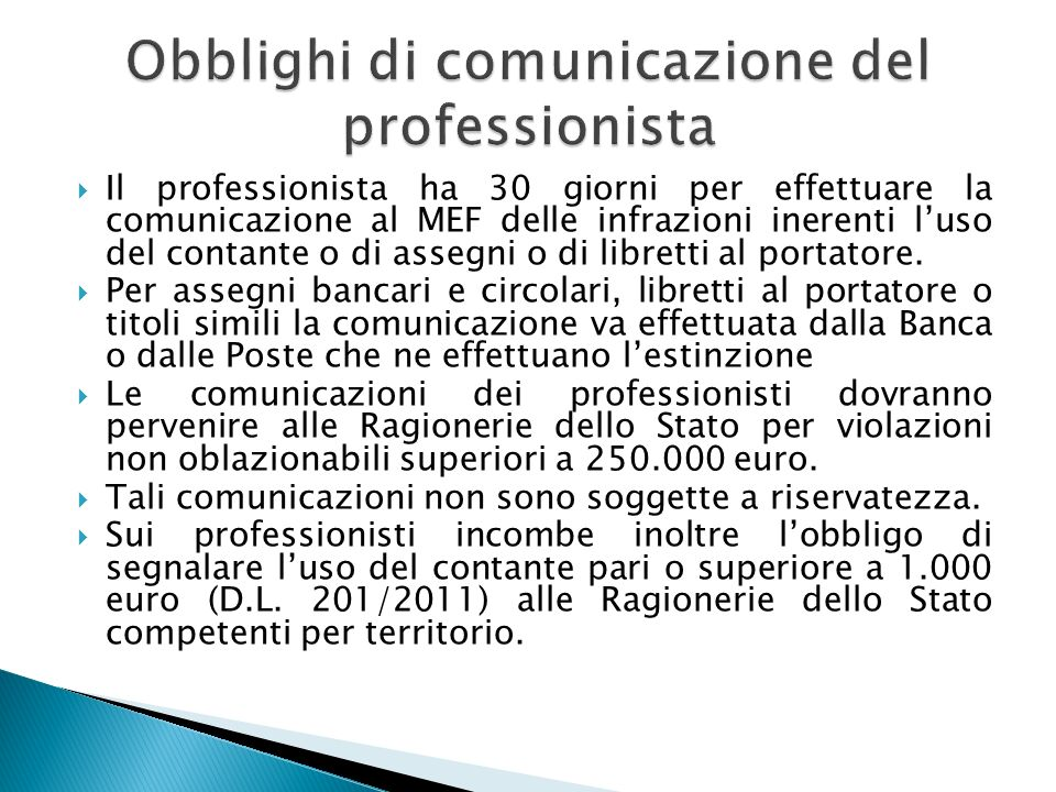 Obblighi di comunicazione del professionista
