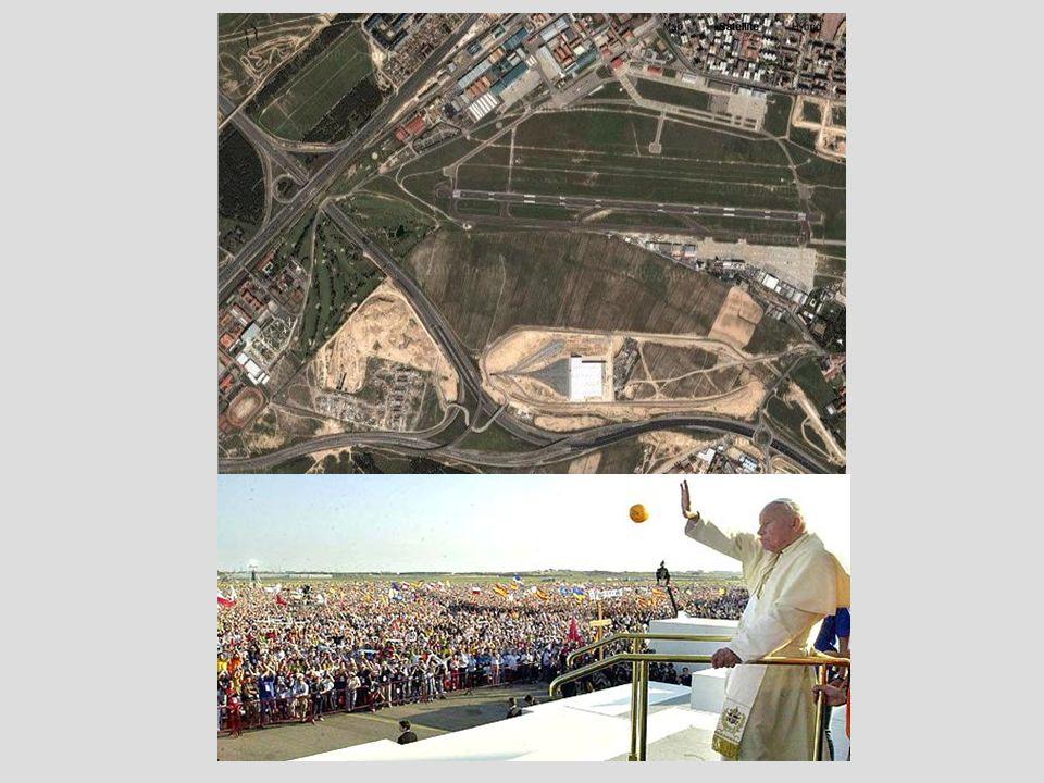 La Plaza de Cibeles , il principale insieme monumentale di Madrid, riceverà il Papa nella sua visita alla città in occasione della Giornata Mondiale della Gioventù del 2011.