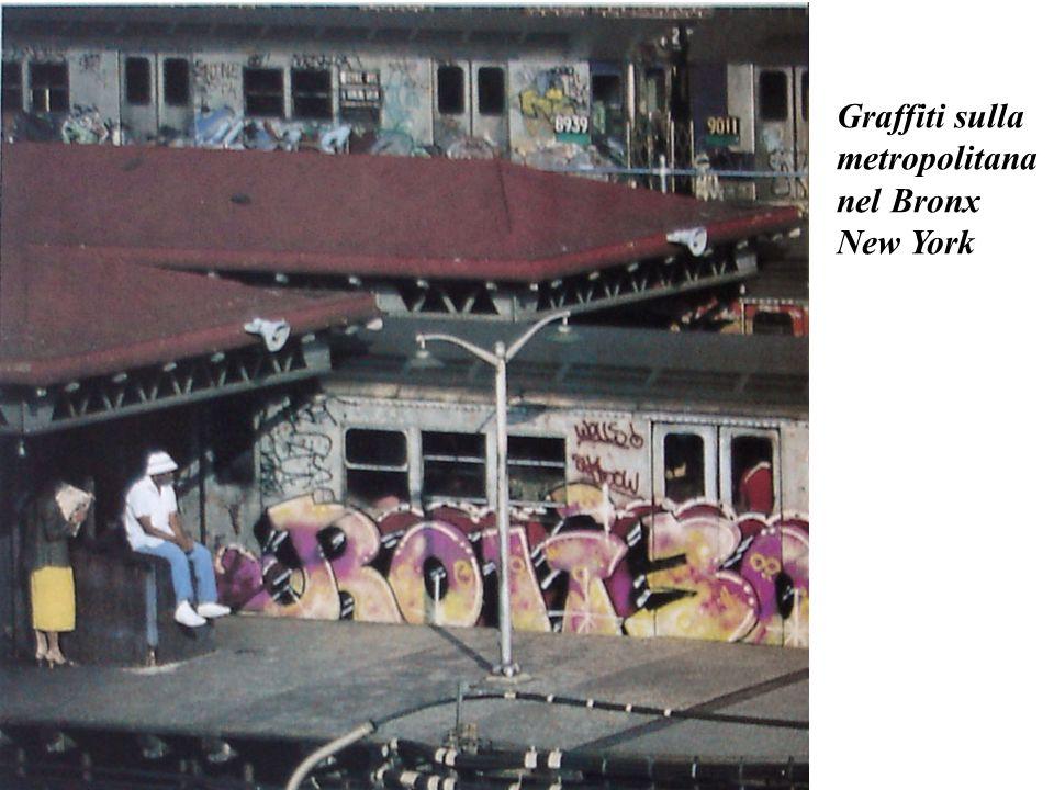 Graffiti sulla metropolitana