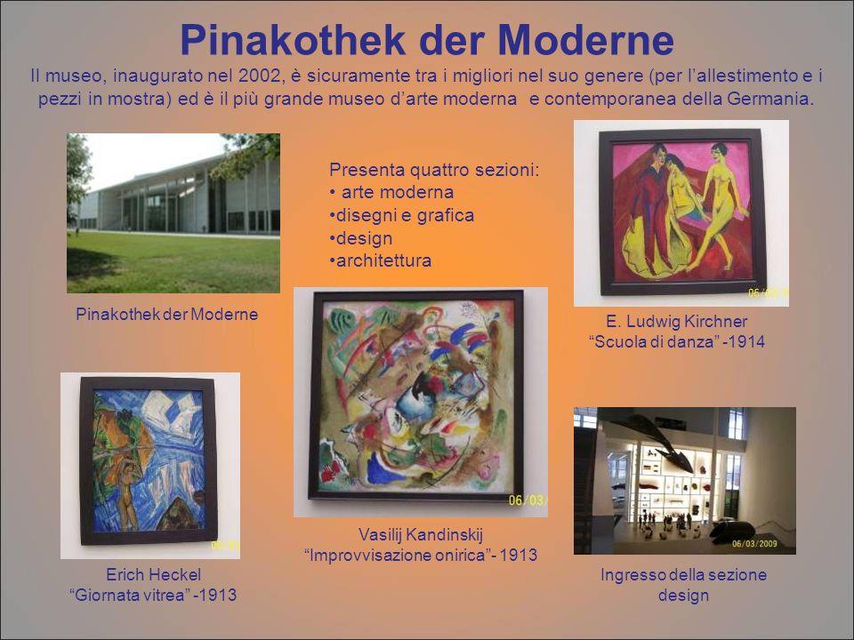 Pinakothek der Moderne Il museo, inaugurato nel 2002, è sicuramente tra i migliori nel suo genere (per l'allestimento e i pezzi in mostra) ed è il più grande museo d'arte moderna e contemporanea della Germania.