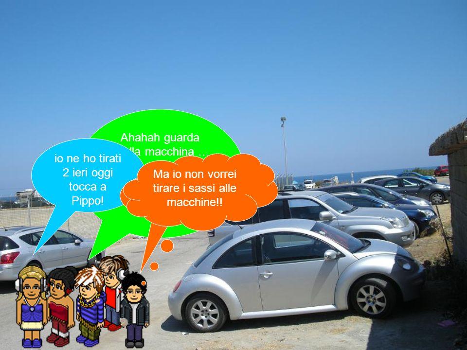Ahahah guarda quella macchina … non ha nemmeno un piccolo graffio!