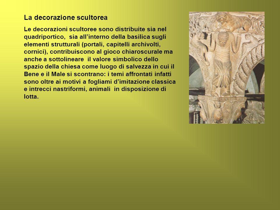 La decorazione scultorea