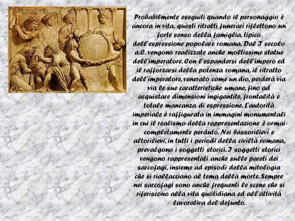 Probabilmente eseguiti quando il personaggio è ancora in vita, questi ritratti funerari riflettono un forte senso della famiglia, tipico dell'espressione popolare romana.