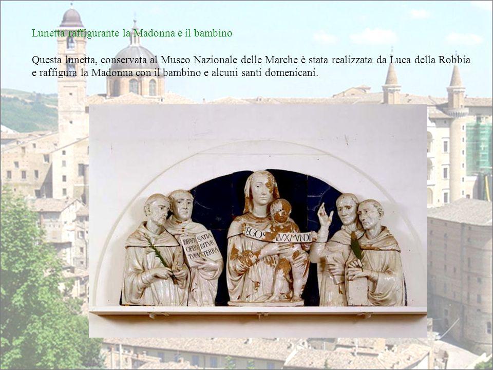 Lunetta raffigurante la Madonna e il bambino
