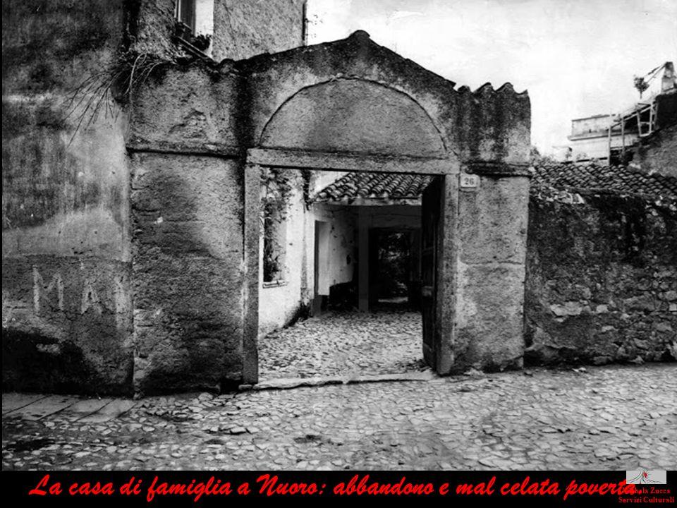 La casa di famiglia a Nuoro: abbandono e mal celata povertà.