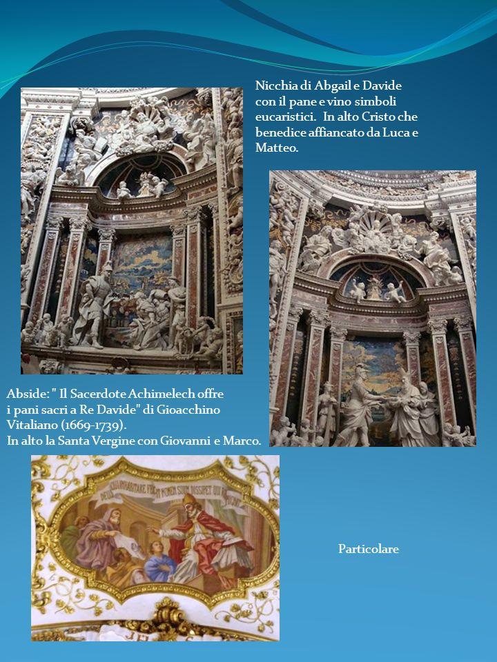 Nicchia di Abgail e Davide con il pane e vino simboli eucaristici
