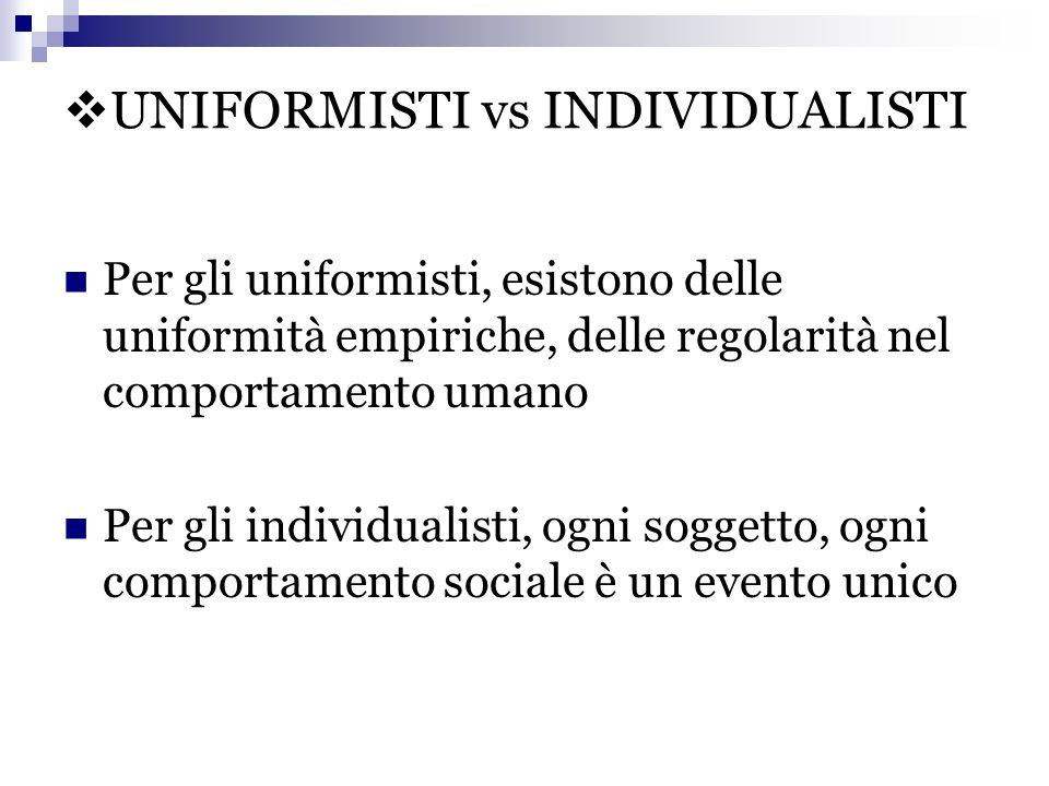 UNIFORMISTI vs INDIVIDUALISTI