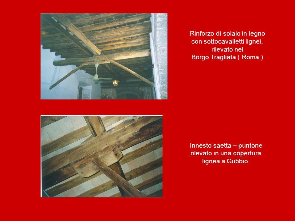Rinforzo di solaio in legno con sottocavalletti lignei, rilevato nel