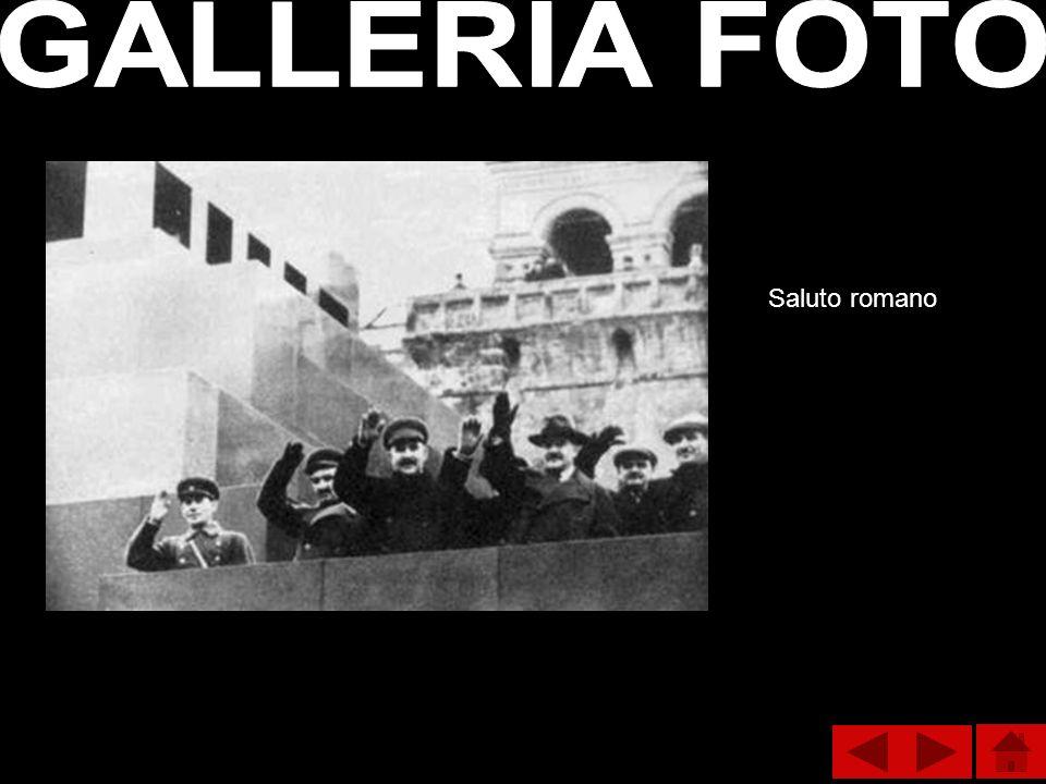 GALLERIA FOTO Saluto romano