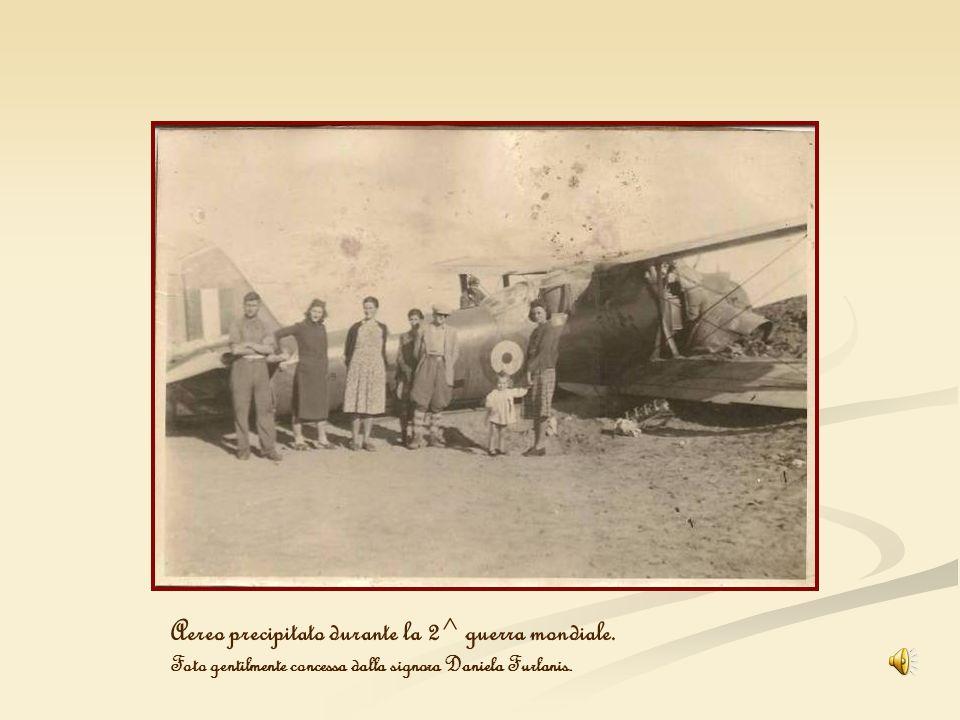 Aereo precipitato durante la 2^ guerra mondiale.