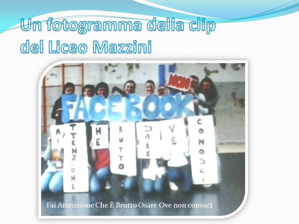 Un fotogramma della clip del Liceo Mazzini