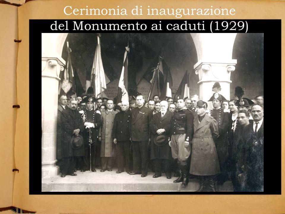Cerimonia di inaugurazione del Monumento ai caduti (1929)