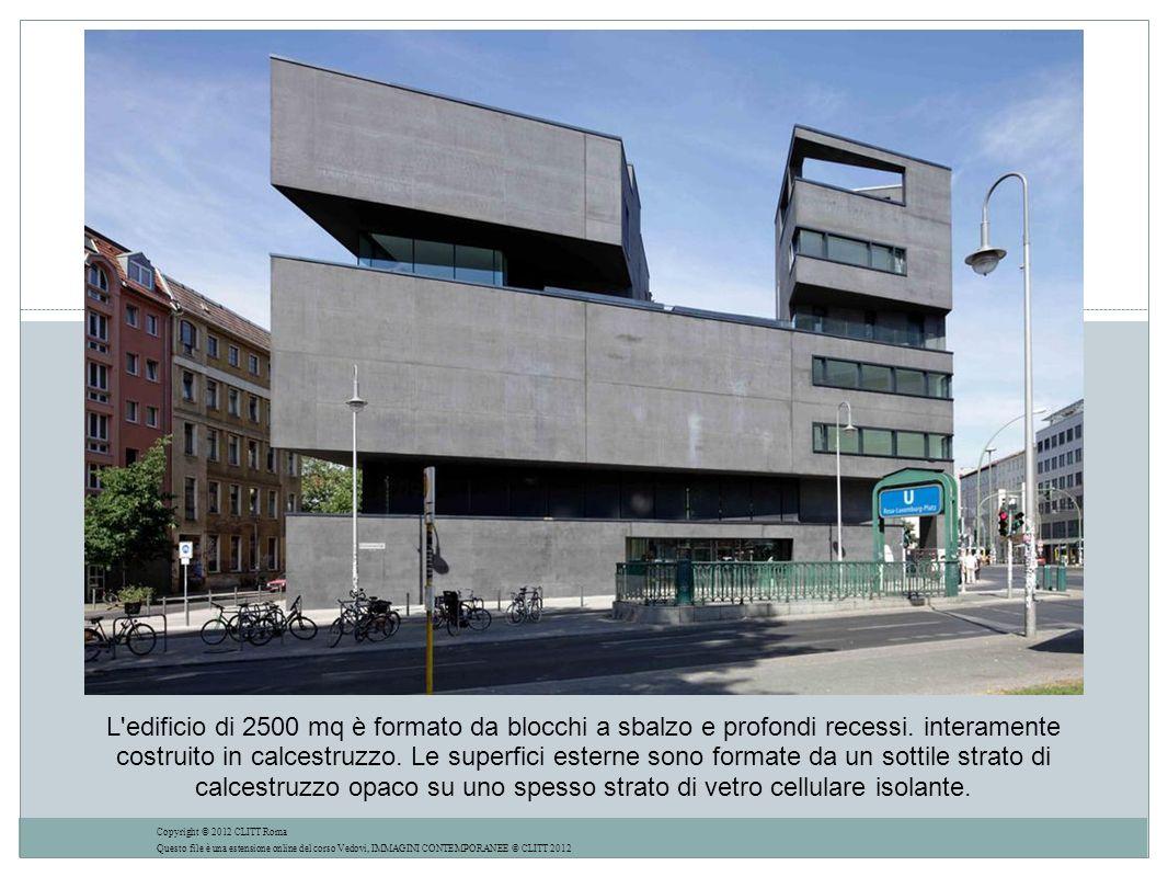 L edificio di 2500 mq è formato da blocchi a sbalzo e profondi recessi
