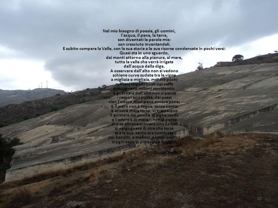 Nel mio bisogno di poesia, gli uomini, l acqua, il pane, la terra, son diventati le parole mie: son cresciuto inventandoli.