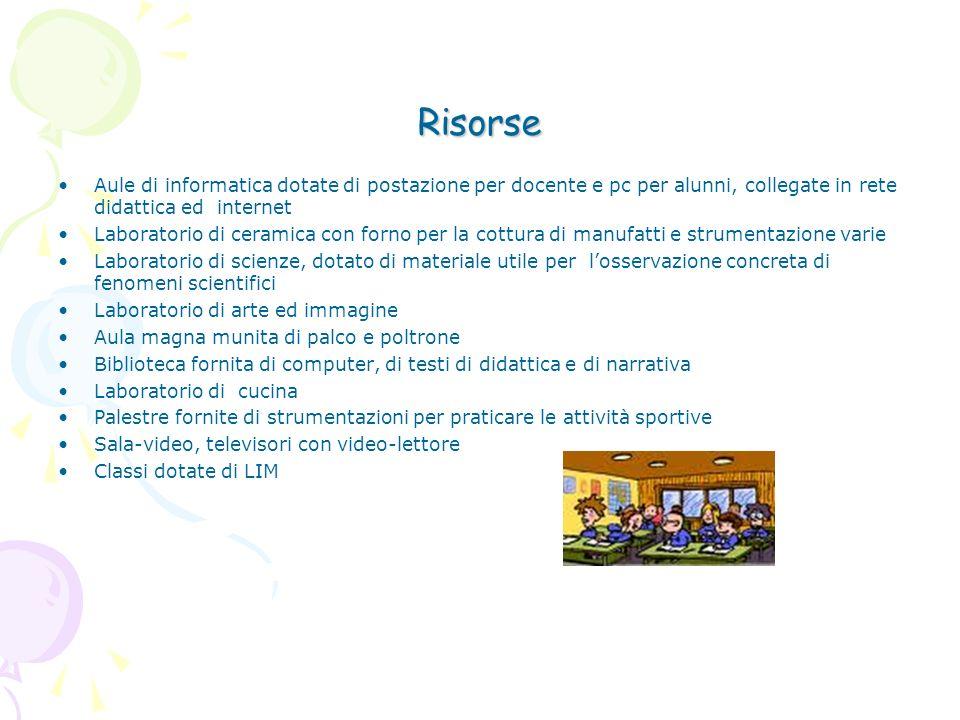 Risorse Aule di informatica dotate di postazione per docente e pc per alunni, collegate in rete didattica ed internet.