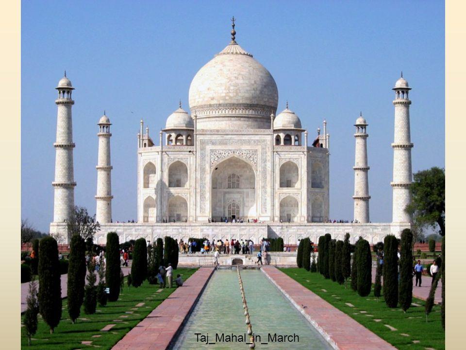 Taj_Mahal_in_March