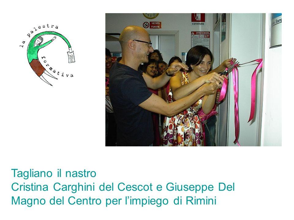 Tagliano il nastro Cristina Carghini del Cescot e Giuseppe Del Magno del Centro per l'impiego di Rimini