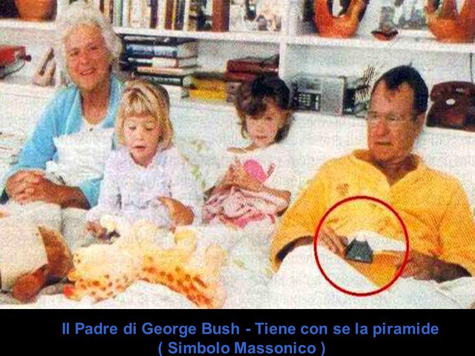 Il Padre di George Bush - Tiene con se la piramide