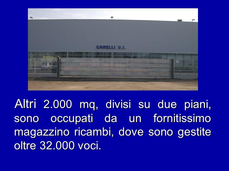 Altri 2.000 mq, divisi su due piani, sono occupati da un fornitissimo magazzino ricambi, dove sono gestite oltre 32.000 voci.