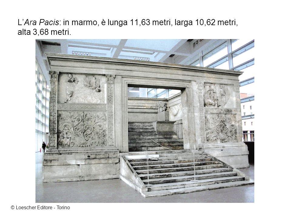 L'Ara Pacis: in marmo, è lunga 11,63 metri, larga 10,62 metri, alta 3,68 metri.