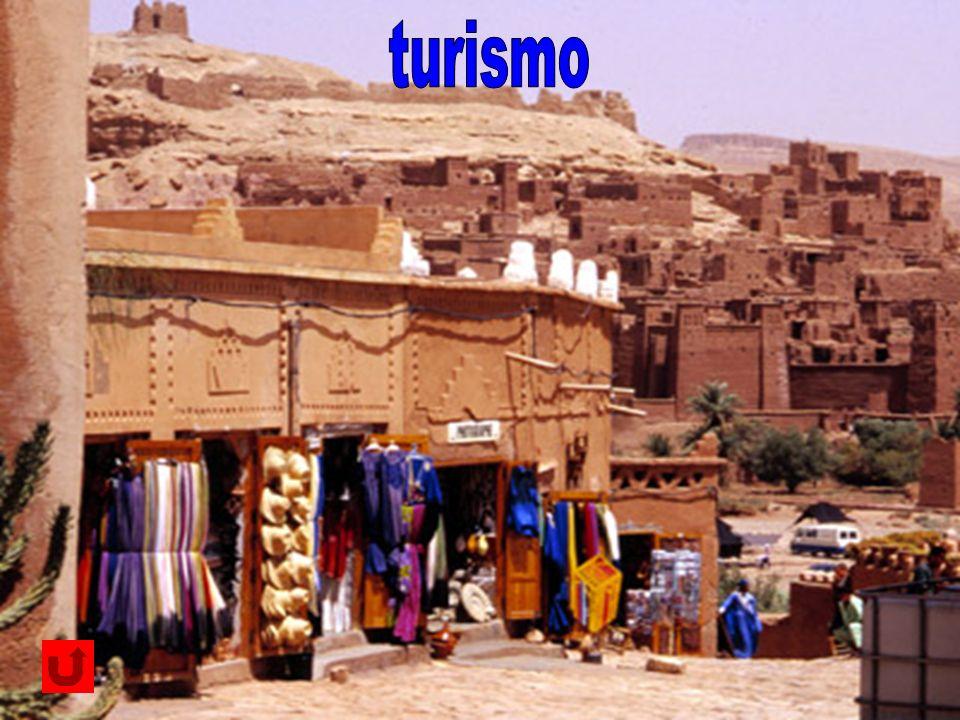 turismo Numerosi gli arrivi di turisti, provenienti in gran parte dall'Europa occidentale e attirati so.