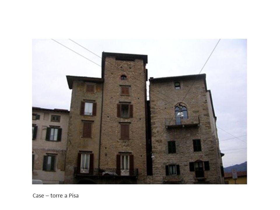 Case – torre a Pisa