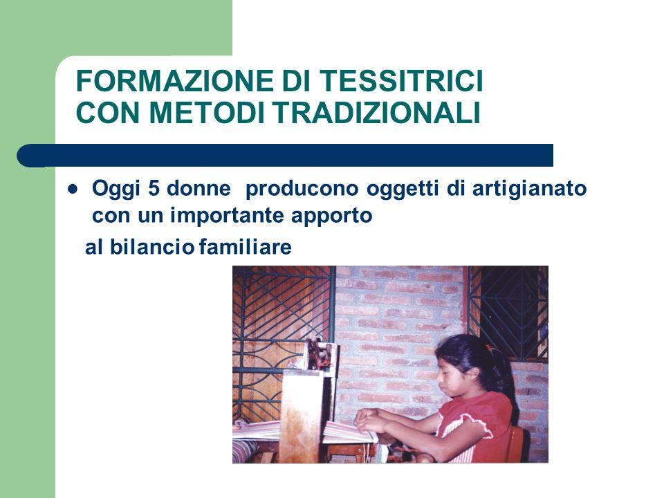 FORMAZIONE DI TESSITRICI CON METODI TRADIZIONALI