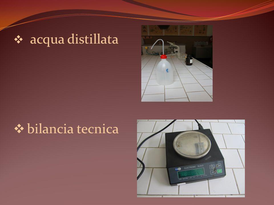 acqua distillata bilancia tecnica