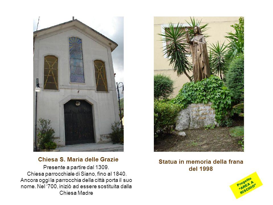 Chiesa S. Maria delle Grazie Statua in memoria della frana del 1998