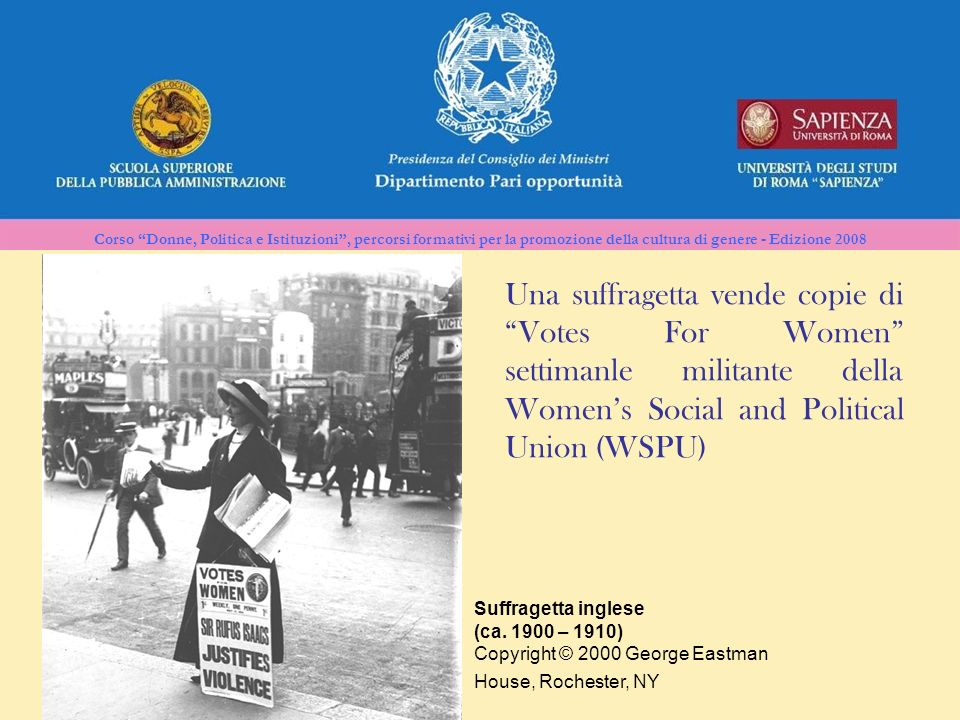 Una suffragetta vende copie di Votes For Women settimanle militante della Women's Social and Political Union (WSPU)
