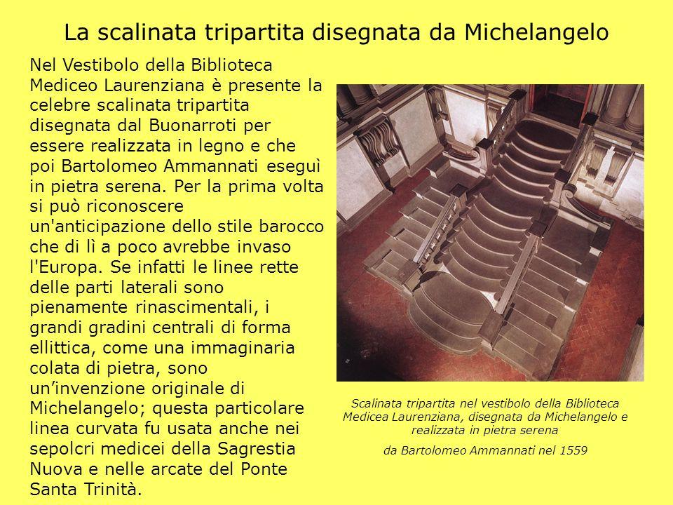 La scalinata tripartita disegnata da Michelangelo