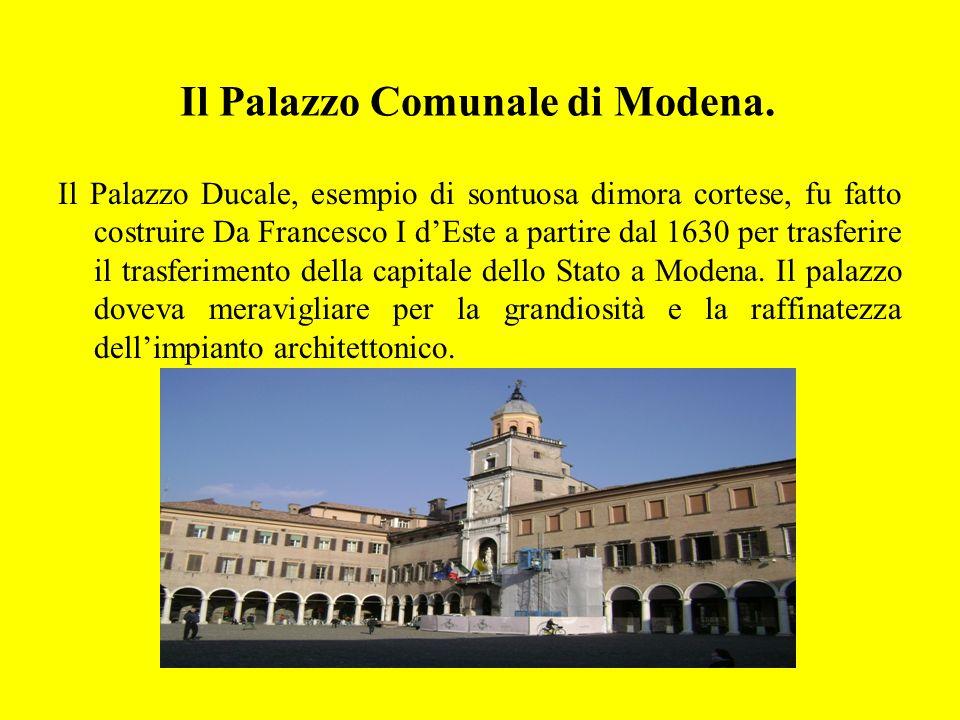 Il Palazzo Comunale di Modena.