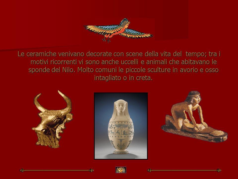 Le ceramiche venivano decorate con scene della vita del tempo; tra i motivi ricorrenti vi sono anche uccelli e animali che abitavano le sponde del Nilo.