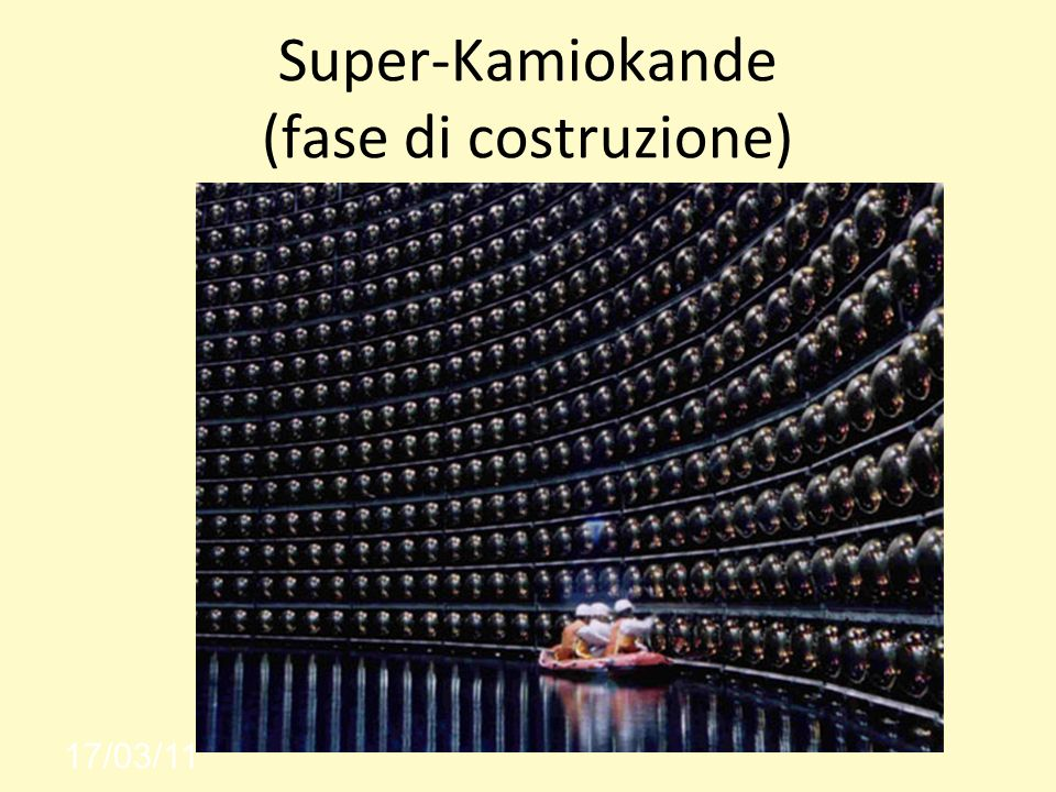 Super-Kamiokande (fase di costruzione)