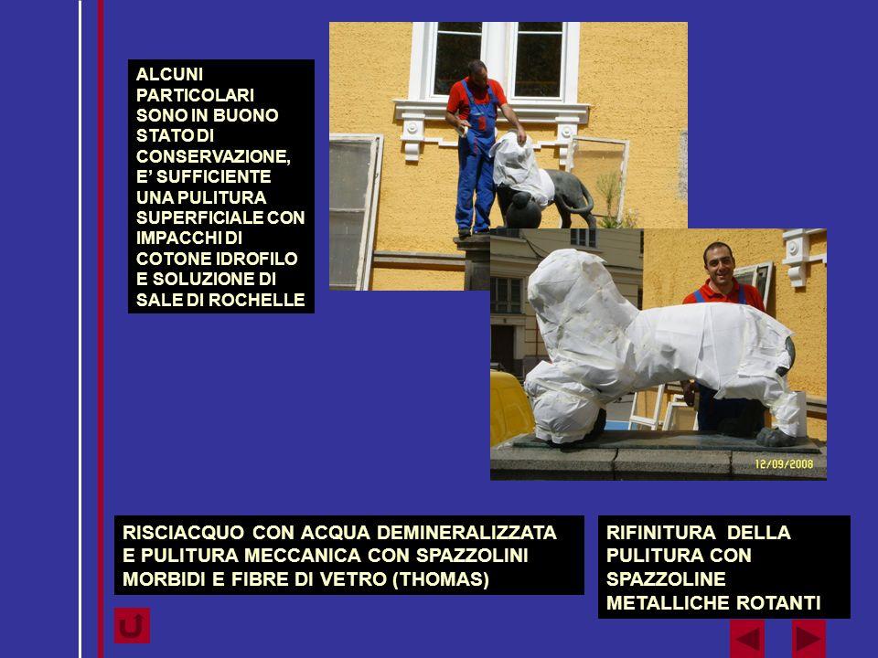 RIFINITURA DELLA PULITURA CON SPAZZOLINE METALLICHE ROTANTI