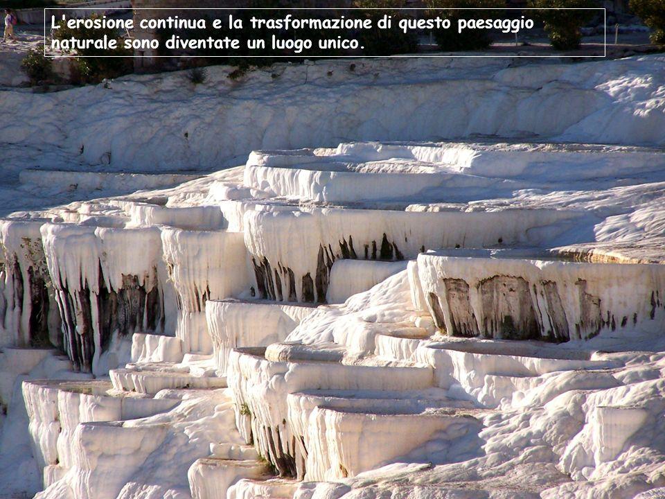 L erosione continua e la trasformazione di questo paesaggio naturale sono diventate un luogo unico.