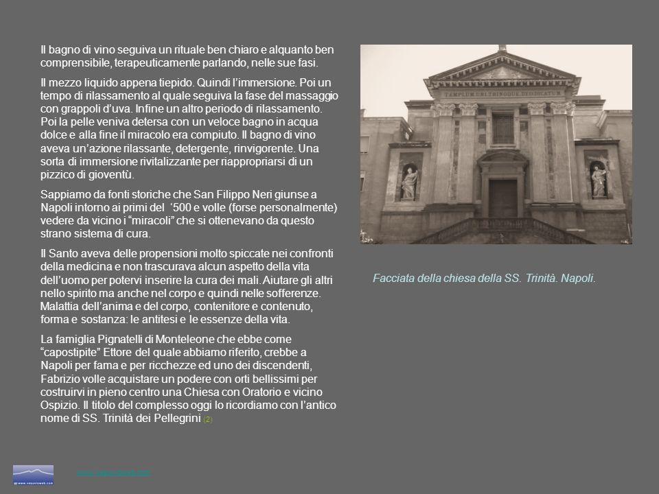 Facciata della chiesa della SS. Trinità. Napoli.