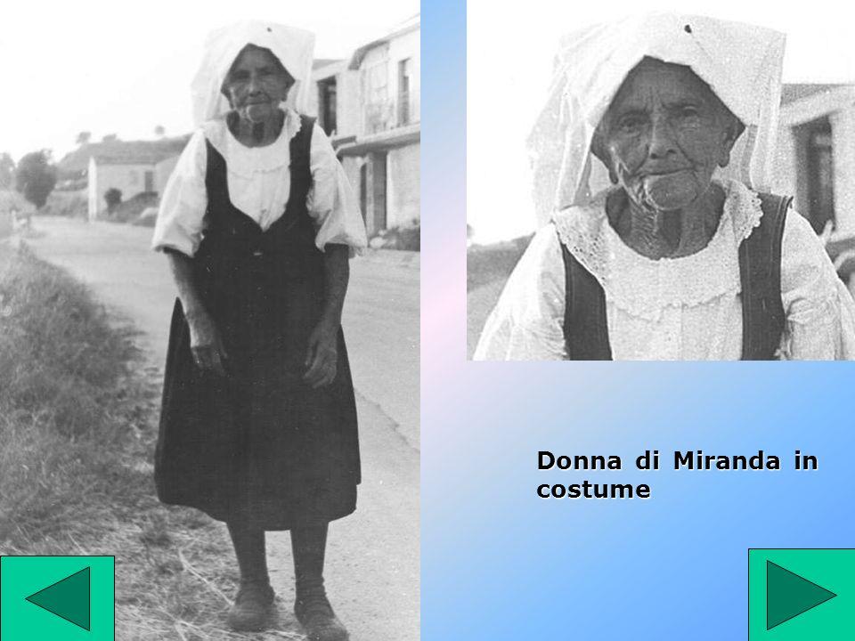 Donna di Miranda in costume