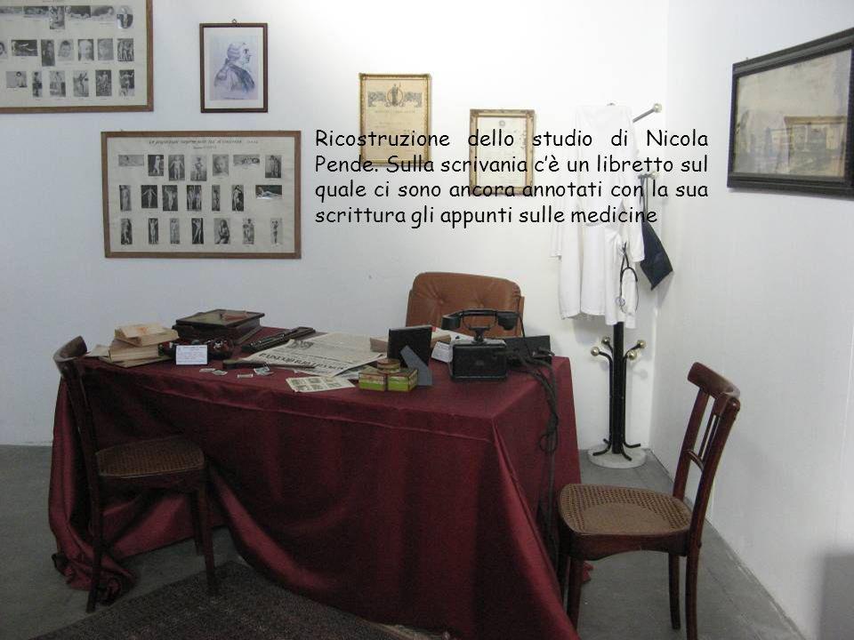 Ricostruzione dello studio di Nicola Pende