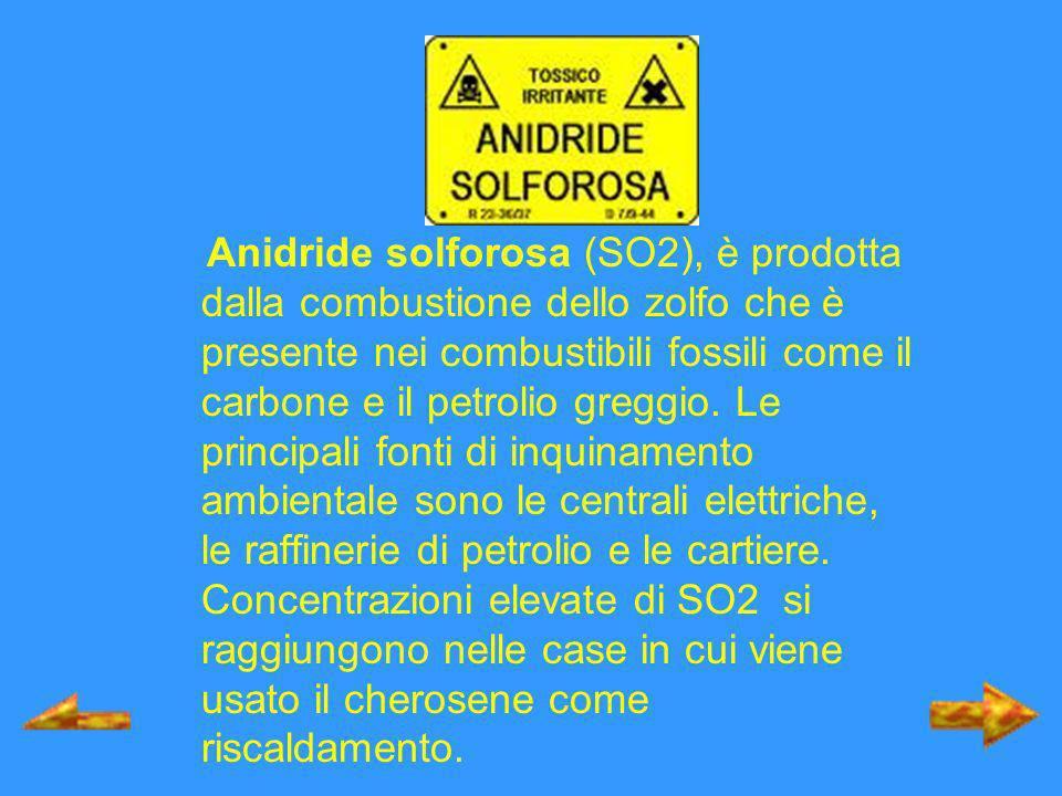 Anidride solforosa (SO2), è prodotta dalla combustione dello zolfo che è presente nei combustibili fossili come il carbone e il petrolio greggio.