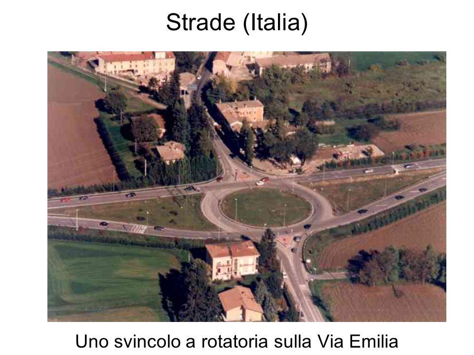 Uno svincolo a rotatoria sulla Via Emilia