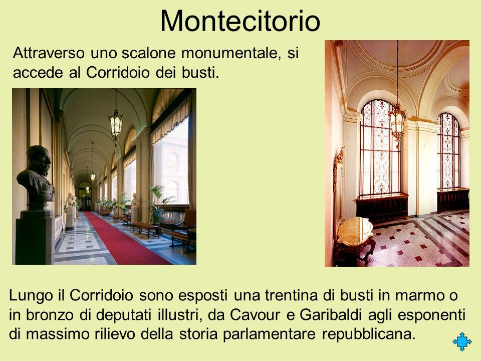 Montecitorio Attraverso uno scalone monumentale, si accede al Corridoio dei busti.