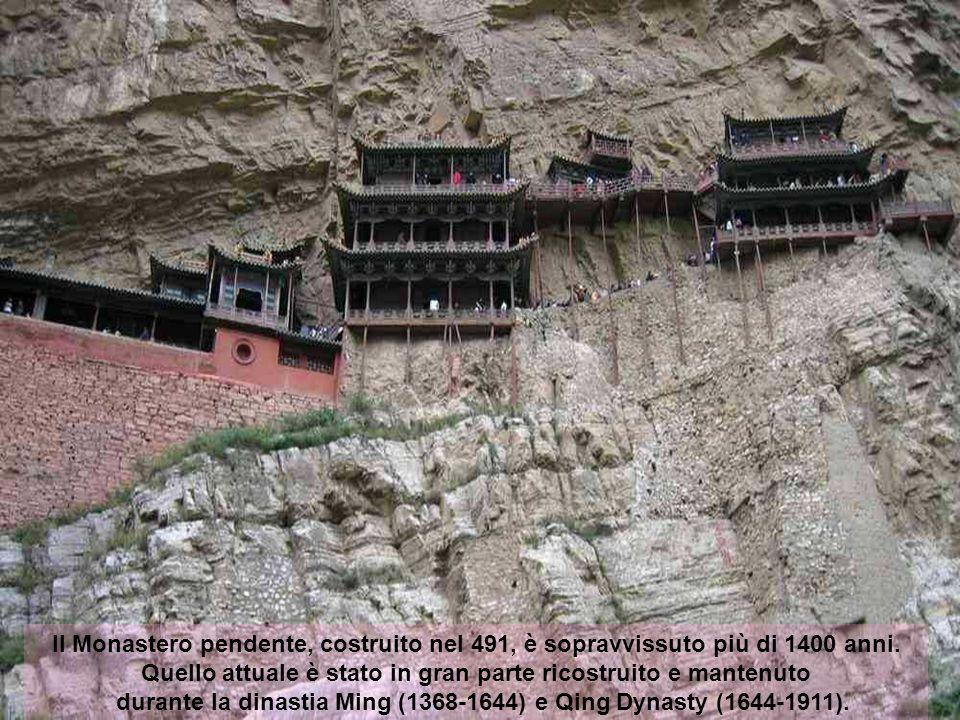 Il Monastero pendente, costruito nel 491, è sopravvissuto più di 1400 anni.