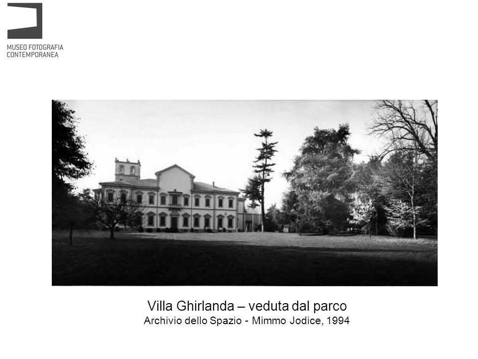 Villa Ghirlanda – veduta dal parco Archivio dello Spazio - Mimmo Jodice, 1994
