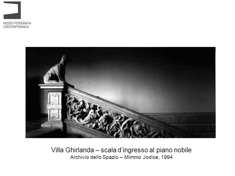 Villa Ghirlanda – scala d'ingresso al piano nobile Archivio dello Spazio – Mimmo Jodice, 1994