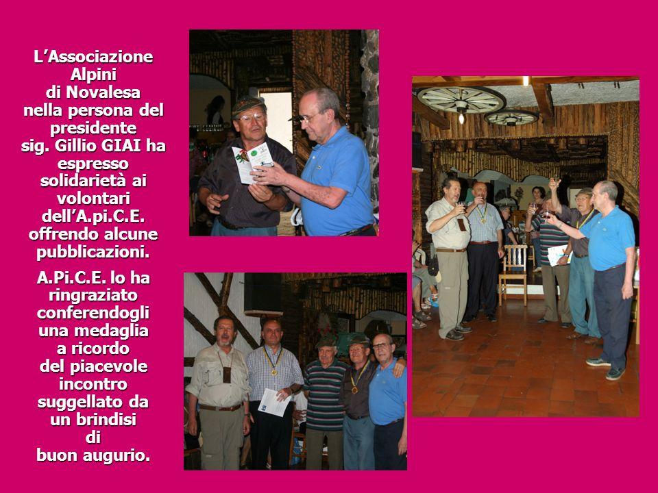 L'Associazione Alpini di Novalesa nella persona del presidente