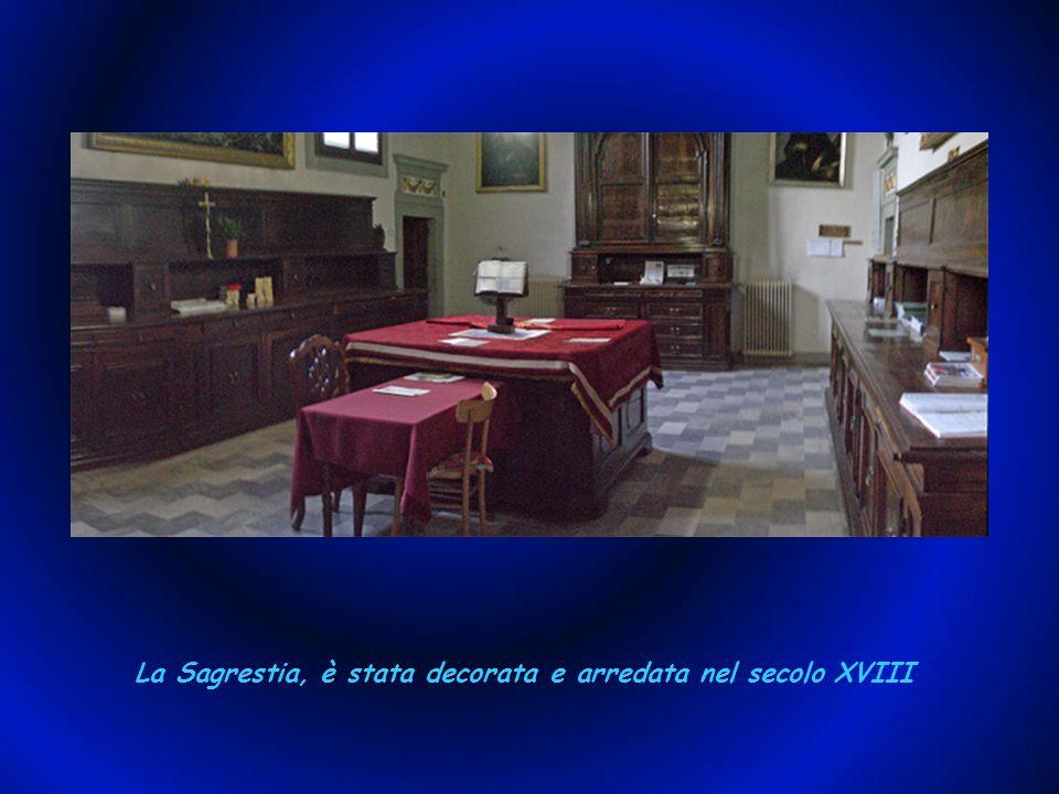 La Sagrestia, è stata decorata e arredata nel secolo XVIII