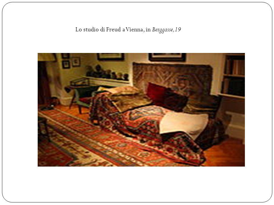 Lo studio di Freud a Vienna, in Berggasse,19